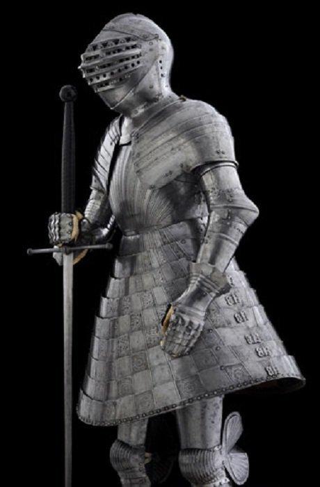 Турнирный комплект «Стальная юбка» 1520 года доспехи, рыцари, средневековье