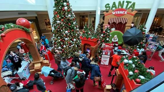 Розничные продажи в США во время праздников выросли на 3% на фоне резкого роста онлайн-торговли ИноСМИ