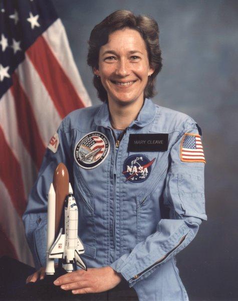 Первая женщина космонавт США