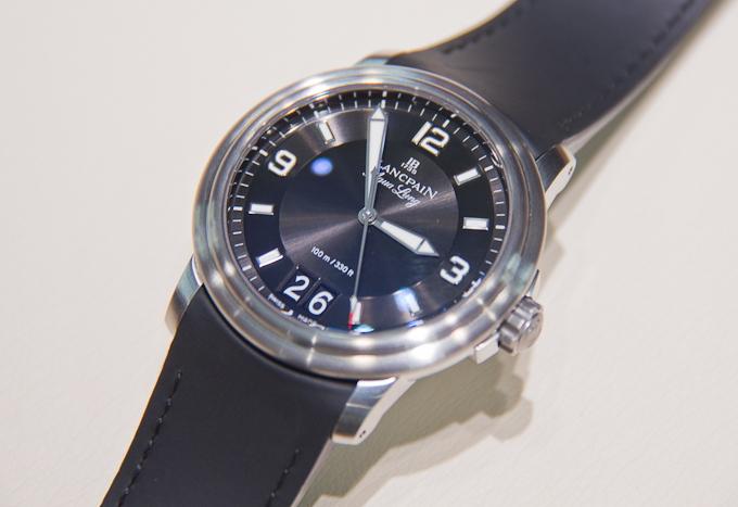 Если вам владимир владимирович свои часы ещё не дарил, позволить оригинал вы не можете, но всё равно хотите часы как у путина вам остаётся купить копию.