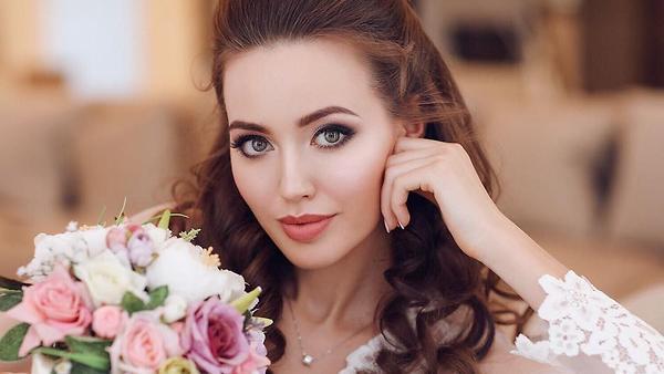 Костенко призналась в любви …