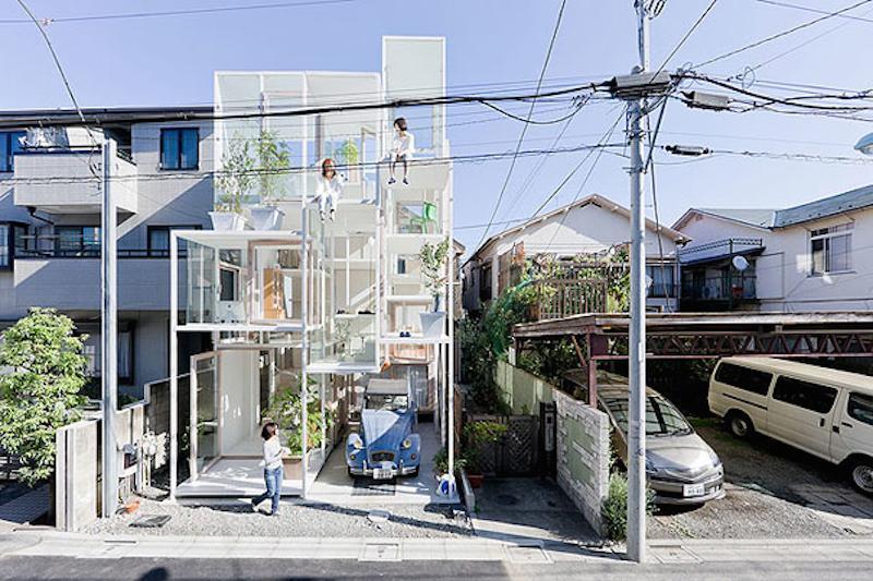 Стеклянное жилище, самый узкий дом и еще 8 необычных строений по всему миру