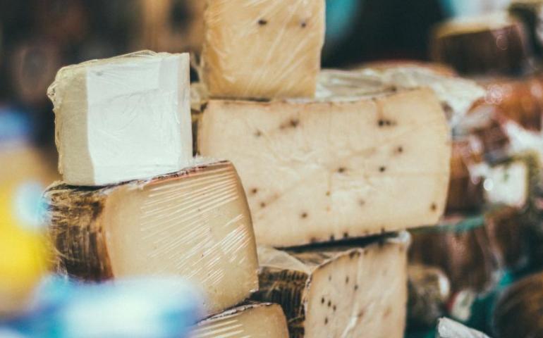 Можно ли есть сыр людям с диабетом?