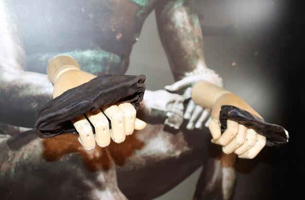 Найдены древнеримские перчатки для бокса