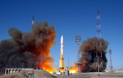 """""""Протон-М"""" впервые после аварии в мае вывел спутник на орбиту"""