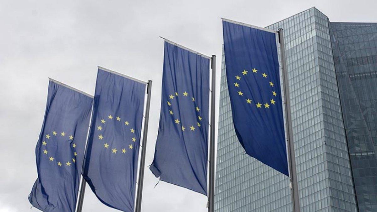 Страны Евросоюза хотят ввести в отношении России новые меры