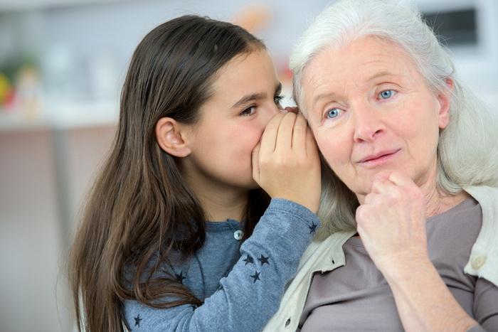 Ученые доказали: Бабушки помогают выживать внукам