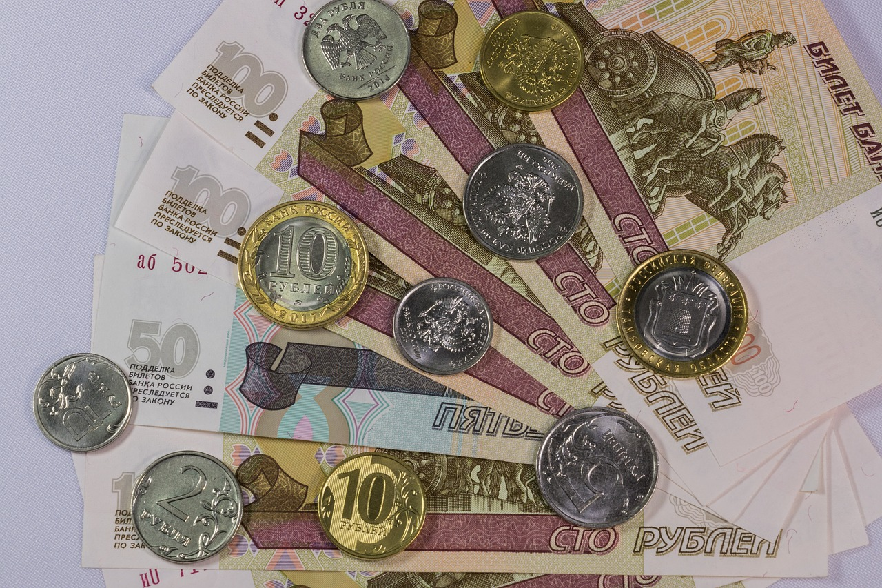 ВВП России во втором квартале упал на 8,5%