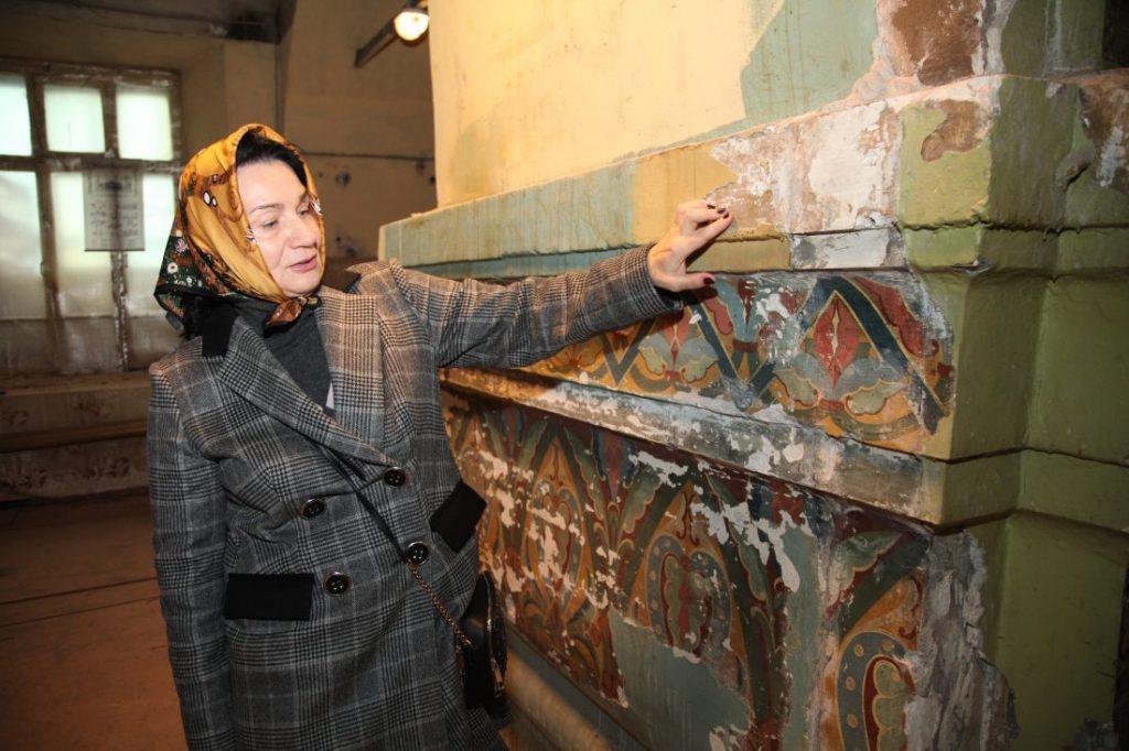 Фрагменты росписи знаменитой иконописной школы обнаружили в храме на Большой Новодмитровской