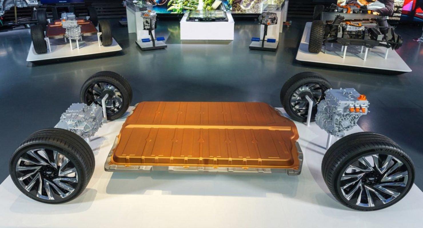 Honda и Acura построит свои электромобили на платформе GM Автомобили