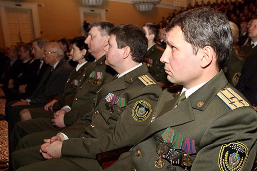 Белорусские военные приехали в Россию на учения