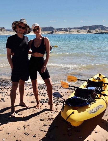 Отдых с мужем, сплав на лодках и прогулки на лошадях: как проводит лето модель Рози Хантингтон-Уайтли Стиль жизни,Путешествия