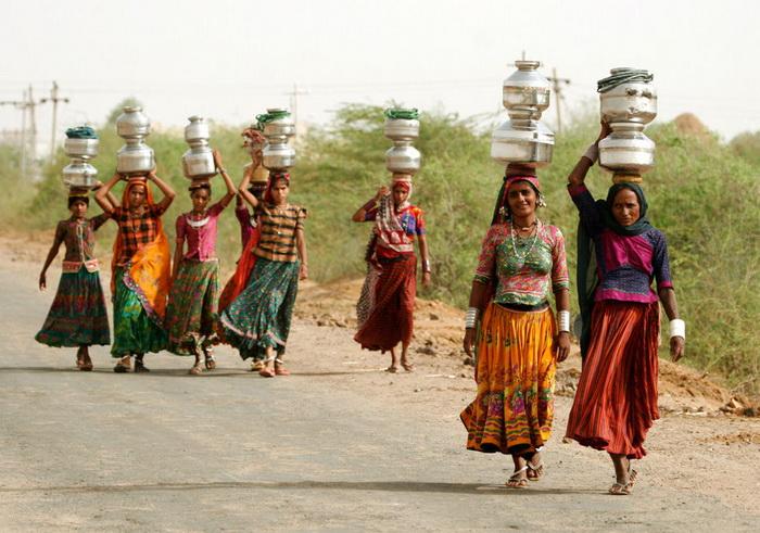 «Водные» жены – современная форма семейного рабства в Индии