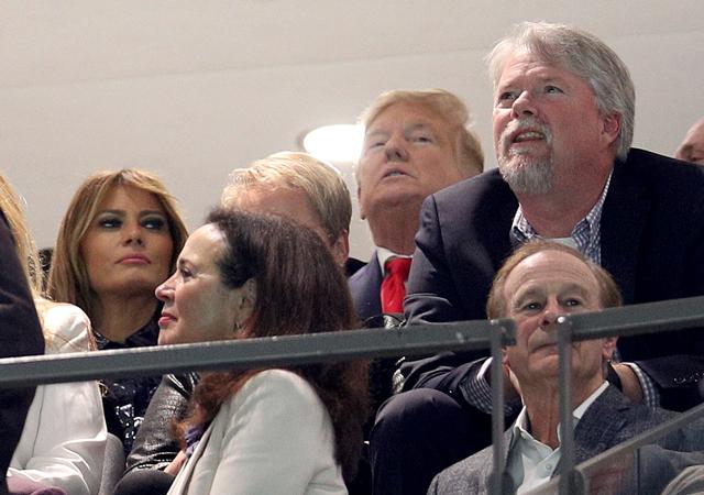 Винс Вон посмотрел футбольный матч с Дональдом и Меланией Трамп которые, выступают, Руффало, Болдуин, Роберт, Трампа, политики, против, Вчера, признавался, коллег, отличие, января, bubbaprog, Burke, Timothy, pictwittercomELMbDHZbZq—, другие, много, video