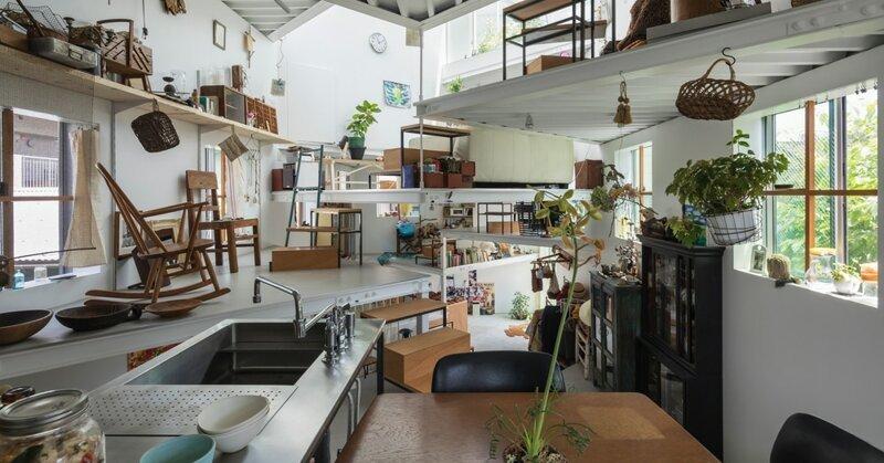 Семья из Японии живёт в доме…