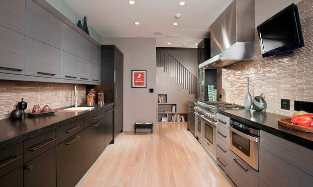 Кухня в цветах: желтый, черный, серый, светло-серый, бежевый. Кухня в стиле американский стиль.