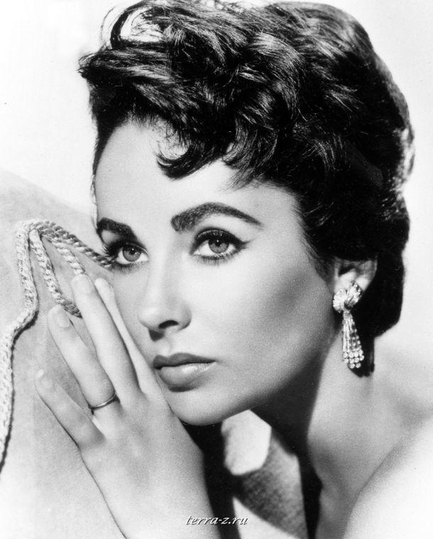 10 самых красивых женщин 20 века