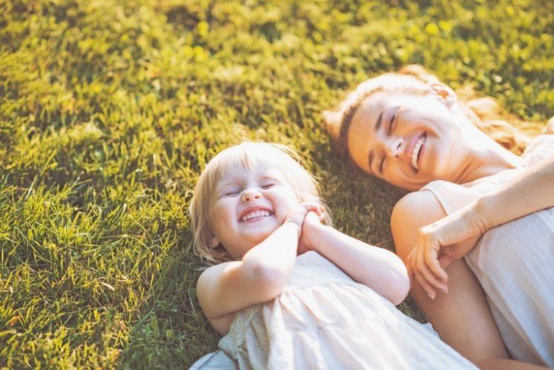 7 вещей, которые родителям нельзя делать при детях