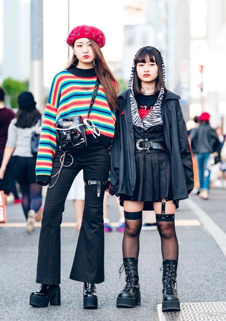 japanese-harajuku-lesbian-forgot-to-put-on-panties-fucked