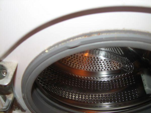 Не спешите вызывать мастера по ремонту стиральной машины