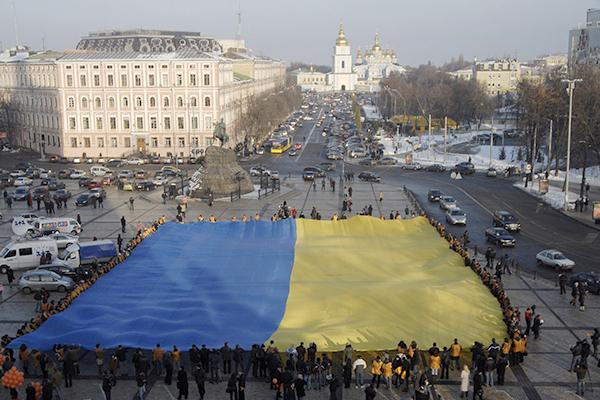 Вот такой выход... Украине предложили продать свои земли Западу