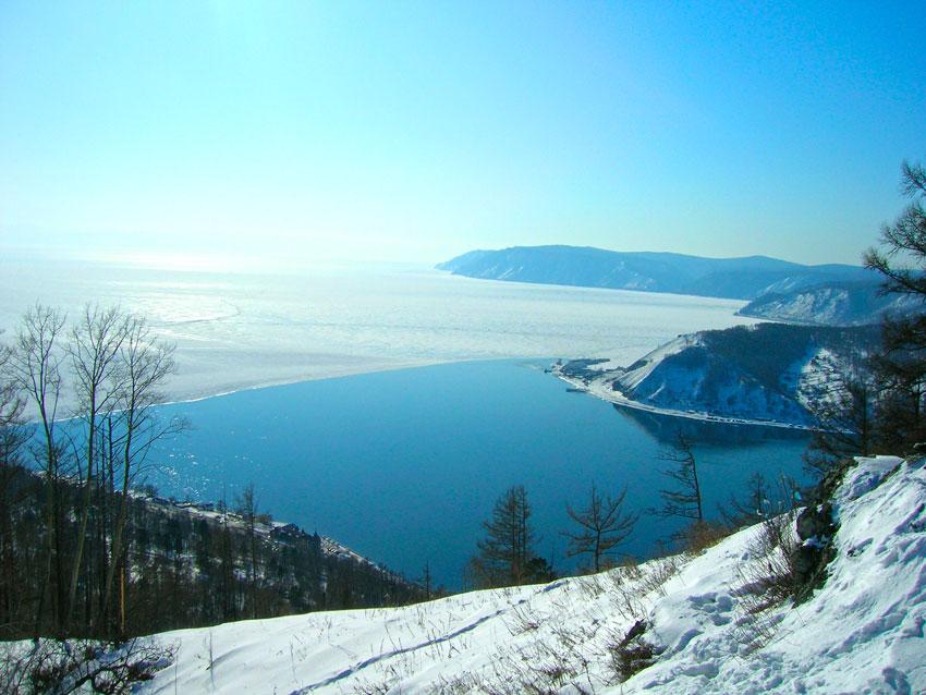 Зимний отдых на озере Байкал…
