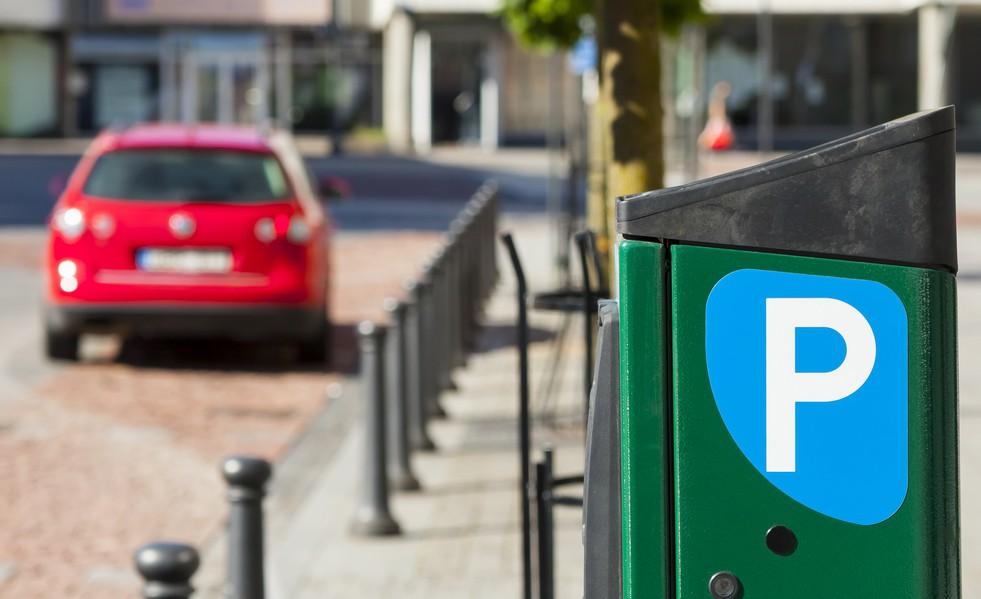 Можно ли вернуть деньги за платную парковку и штрафы