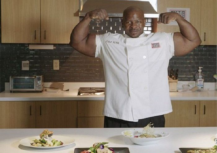Андре Раш: мускулистый шеф-повар Белого дома