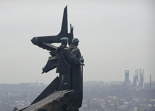 Донбасс входит в Россию