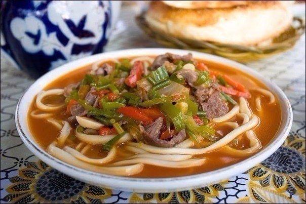 Лагман- узбекский густой суп — простое в приготовление аппетитное блюдо