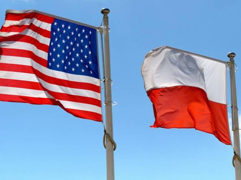 Поляки попросили у США помощи в получении репараций от Германии и России