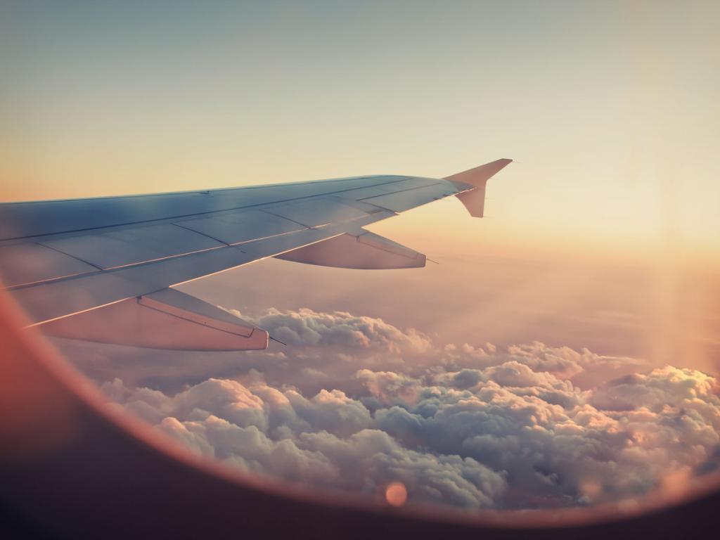 Картинки хорошего путешествия на самолете, анимационные
