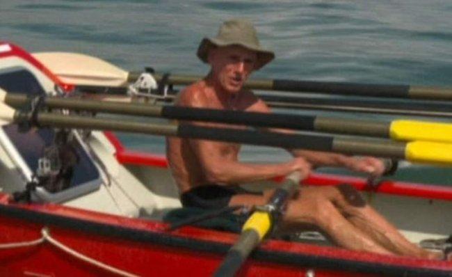 Гребец Джон Биден пересек в одиночку тихий океан (3 фото)
