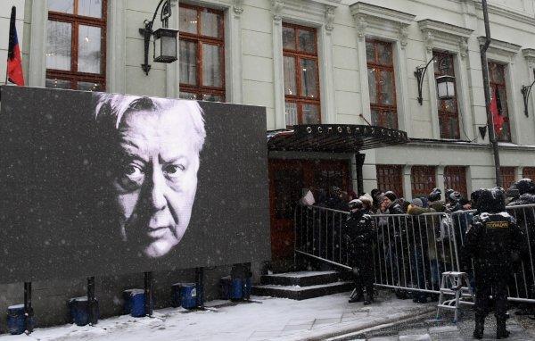 Олег Табаков до последнего п…