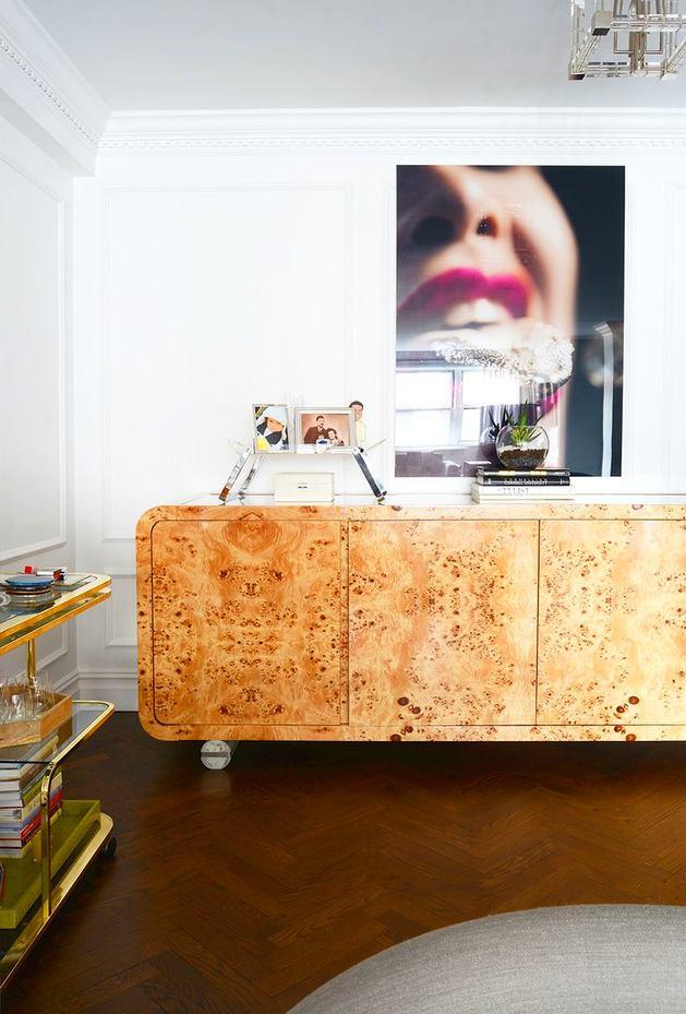 Мебель и предметы интерьера в цветах: желтый, серый, светло-серый, белый, бежевый. Мебель и предметы интерьера в стиле эклектика.