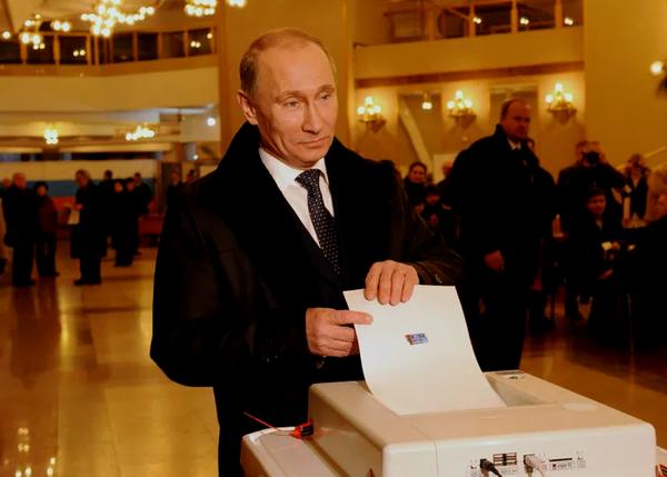 Путин на голосовании