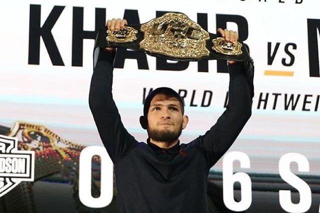 Нурмагомедов сохранит пояс чемпиона UFC после инцидента в Лас-Вегасе