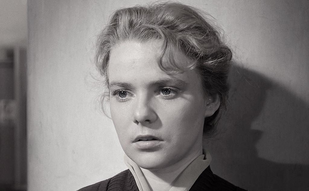 Ее имя сегодня практически забыто...Нина Иванова, та самая незабвенная учительница из
