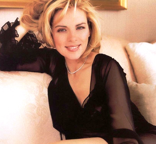 """Секреты стиля """"за 50"""", подсмотренные у Ким Кетролл — она не кричит о своем возрасте, она просто хорошо одета"""