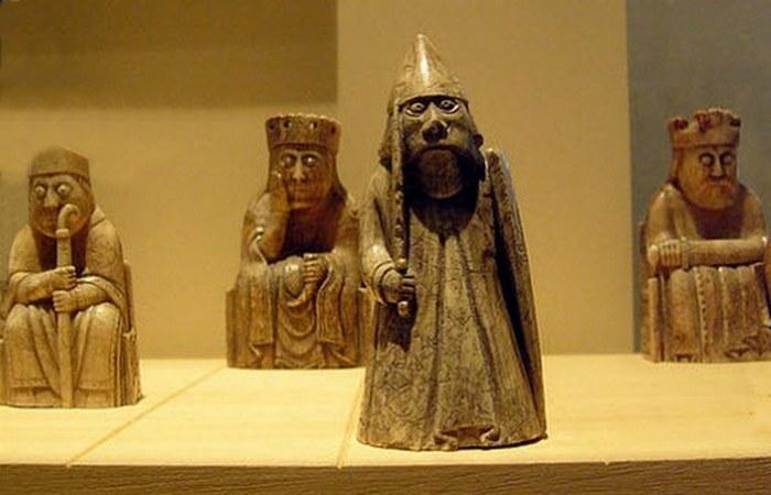 10 древних артефактов с Родины килта, виски и волынки