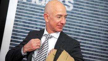 Самый богатый человек Земли заработал миллиард долларов за день