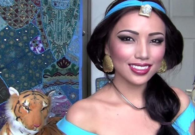 Удивительное превращение девушки в 15 диснеевских принцесс девушка, дисней, макияж, превращение
