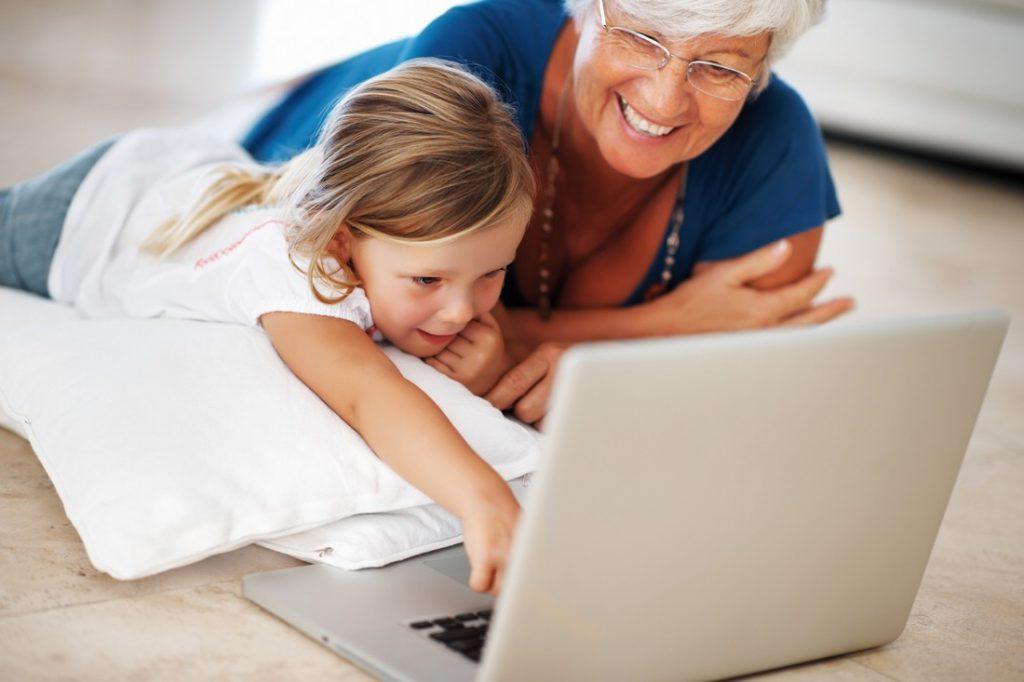 Любит бабушку больше, чем маму — правильно ли так?