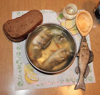 Ложка для рыбацкой ухи.