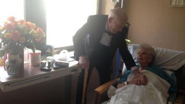 Настоящие чувства не умирают даже после 57 лет брака