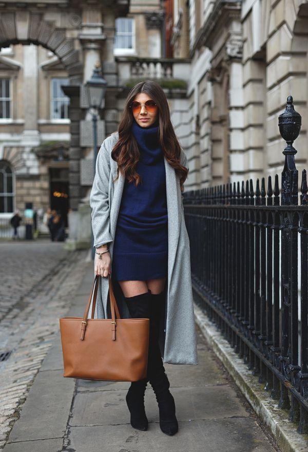 синее платье с серыми сапогами фото