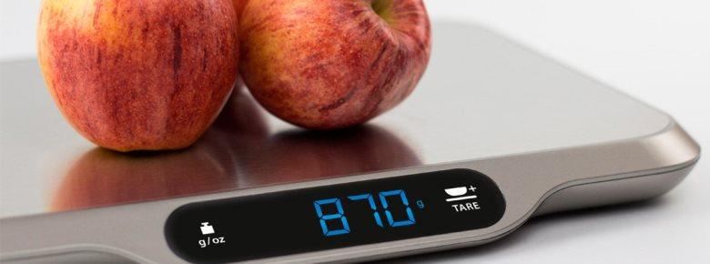Электронные весы более удобны в использовании