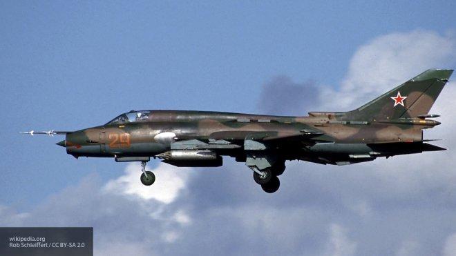 Самолет сирийской авиации сбит в небе над Каламуном