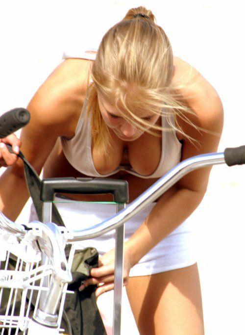 Прекрасные спортивные моменты девушки