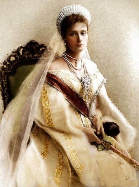 Как одевалась последняя русская императрица